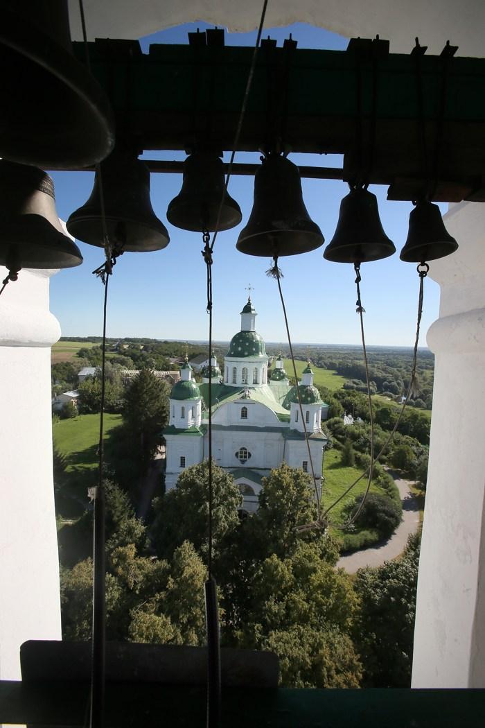 Мгарский монастырь, история Мгарского монастыря, колокола