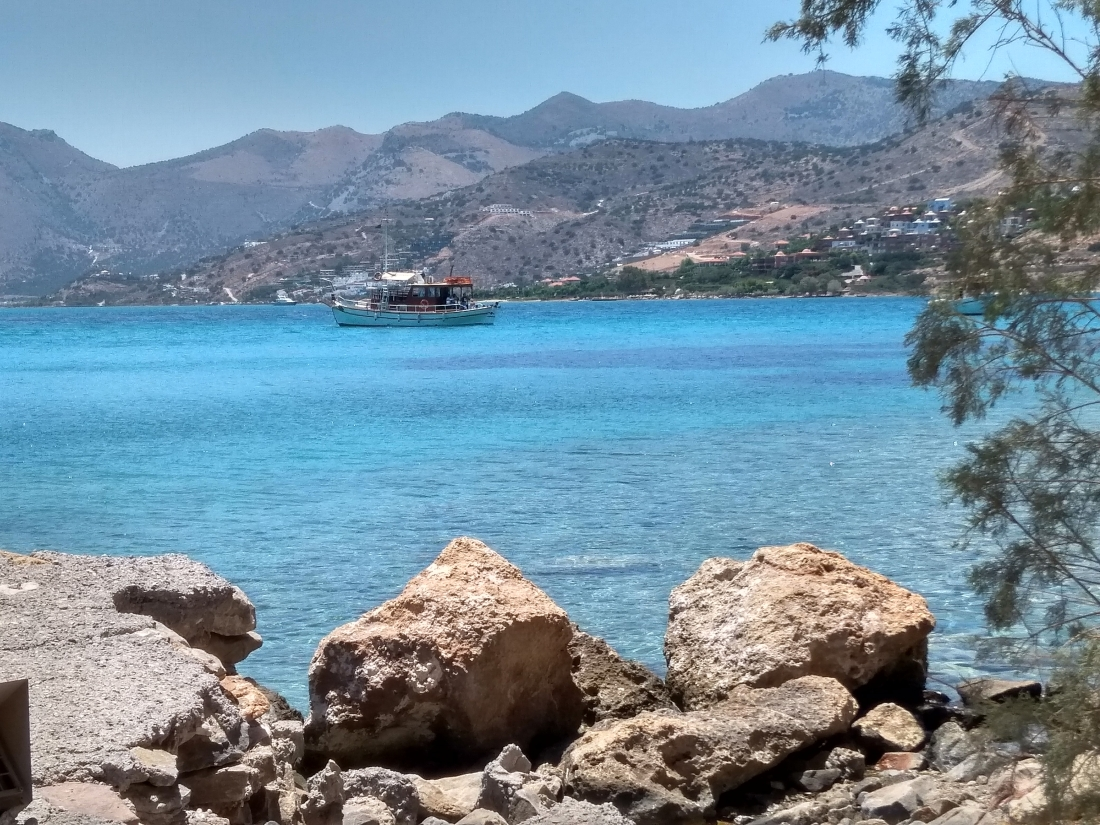 Отдых на Крите с детьми — три моря, розовые пляжи и супераквариум