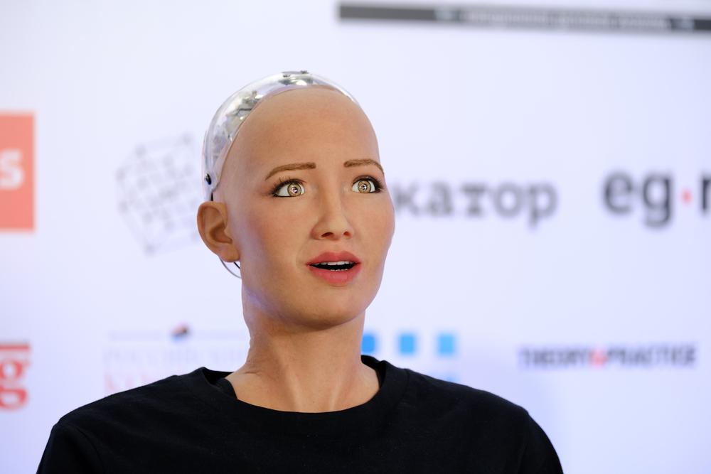 Основатель Wikipedia и робот София едут в Киев на OLEROM FORUM ONE