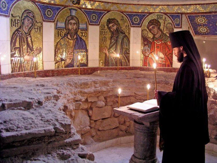 храм, православие, Михайловский Златоверхий собор в Киеве, фрески, свечи, молитва