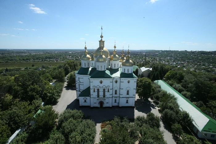 Полтавский монастырь, спецпроект Тайны монастырей, Крестовоздвиженский собор - главный в обители