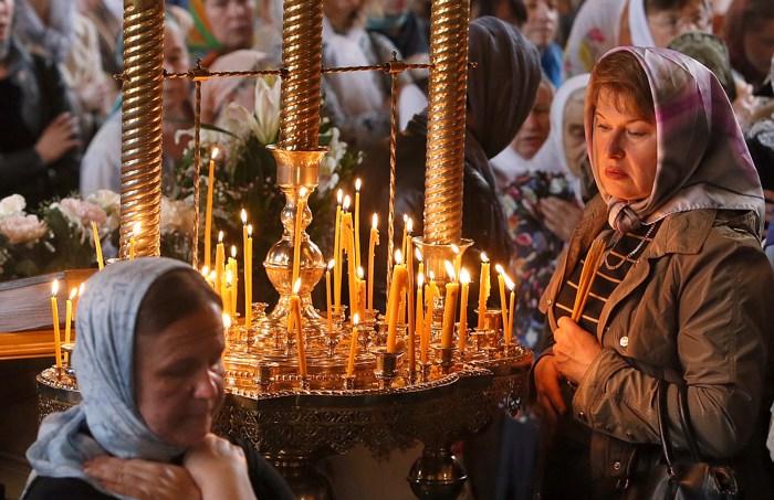 поведение в храме, символ свечи