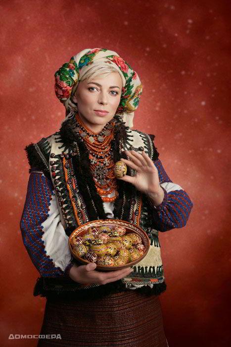телеведущая, календарь 2019, Новый год, проект Щирі. Свята