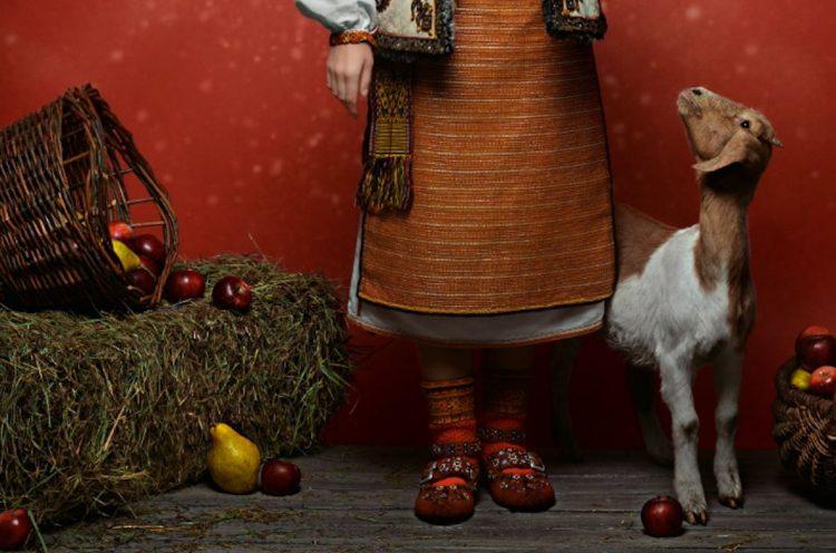 украинский наряд, новогодний календарь 2019 купить