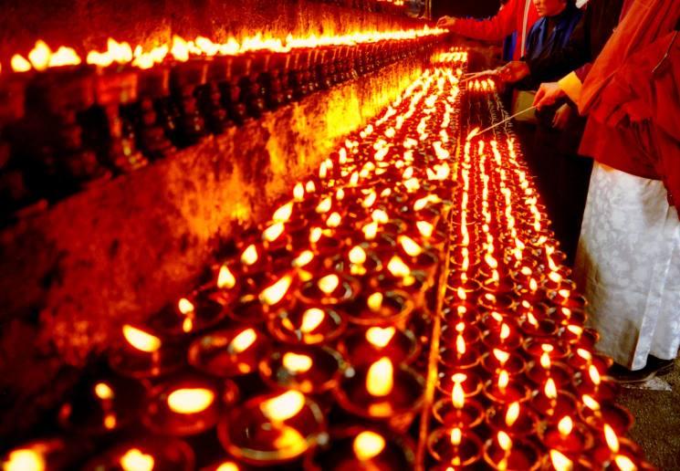 фишки дня - 2 декабря, зула хурал, праздники буддизма