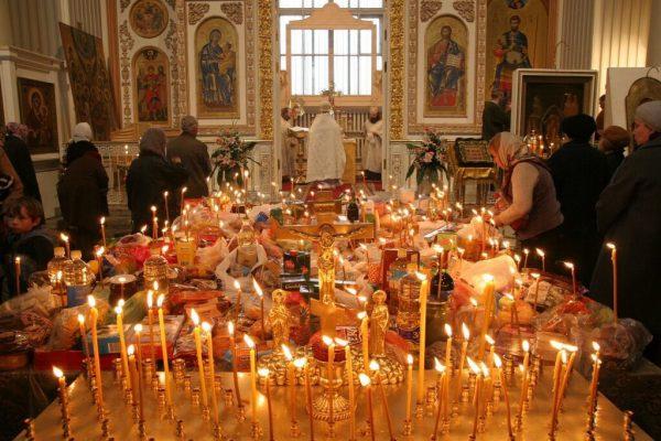 панихида, свечи в храме, Как молиться за усопших, церковь, православие