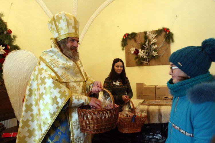 Фестиваль Святого Николая, праздник, Святой Николай чигирин резеденция подарки празник дети