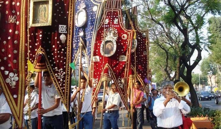 фишки дня - 12 декабря, праздник Девы Гваделупской Мексика