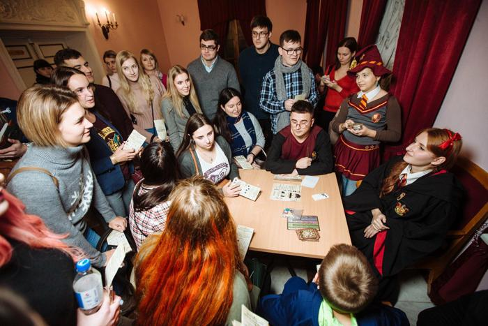 Фанаты Гарри Поттера и украинская магия на практике, Преступления Гриндевальда