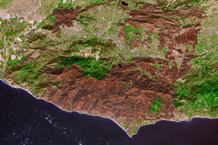 NASA, фото,пожар, Вулси, Калифорния, бедствие, спутник