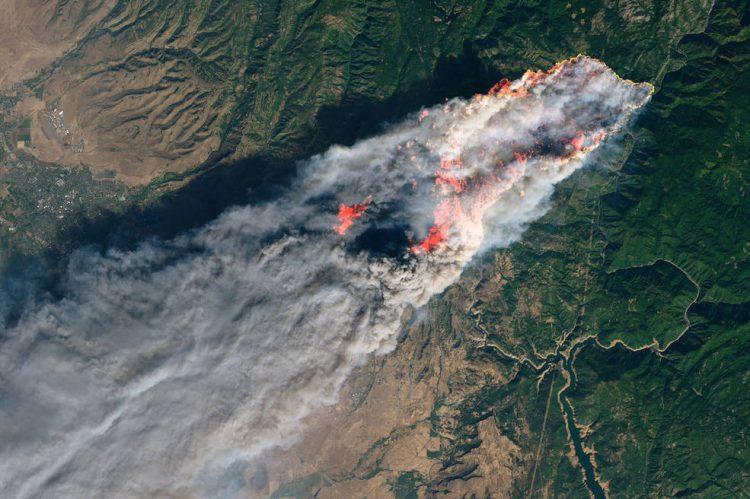 NASA, фото,пожар, Калифорния, Северная Калифорния