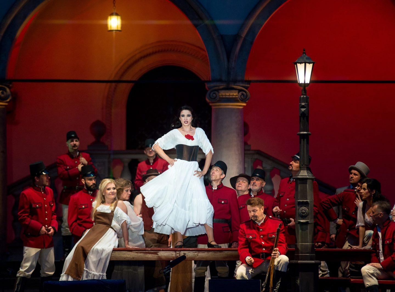 Анатолий Соловьяненко – о новинках главной оперы Украины в феврале