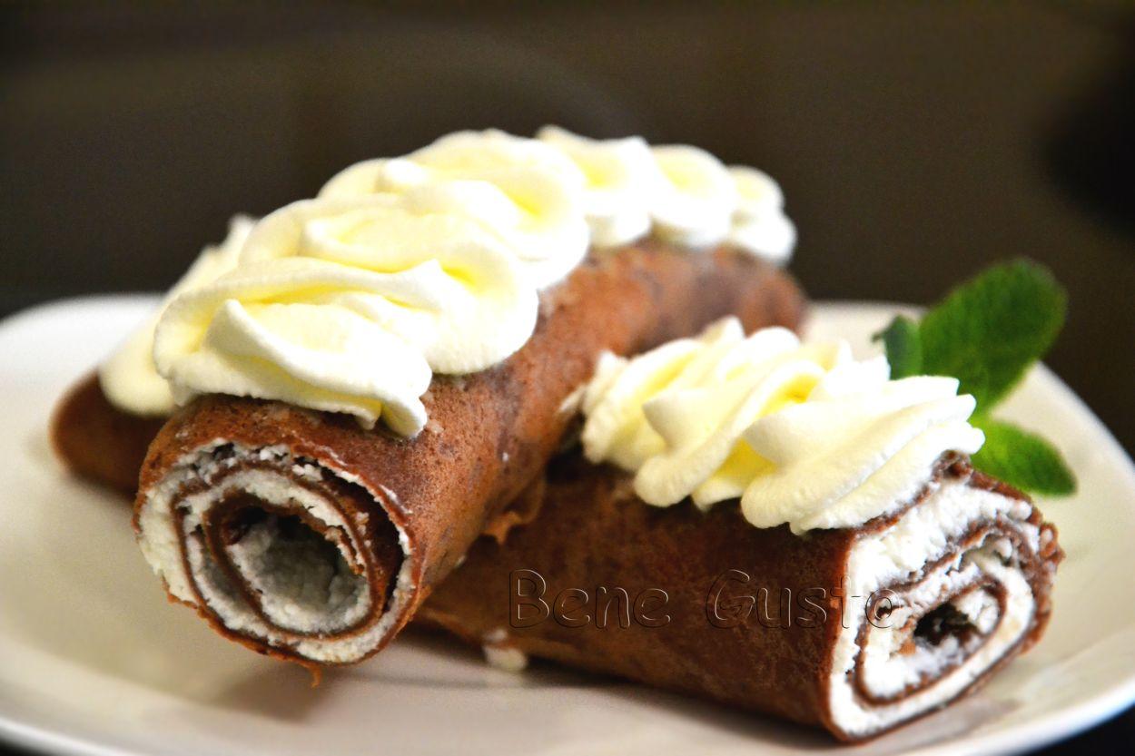 Рецепт дня — шоколадные блинчики на завтрак