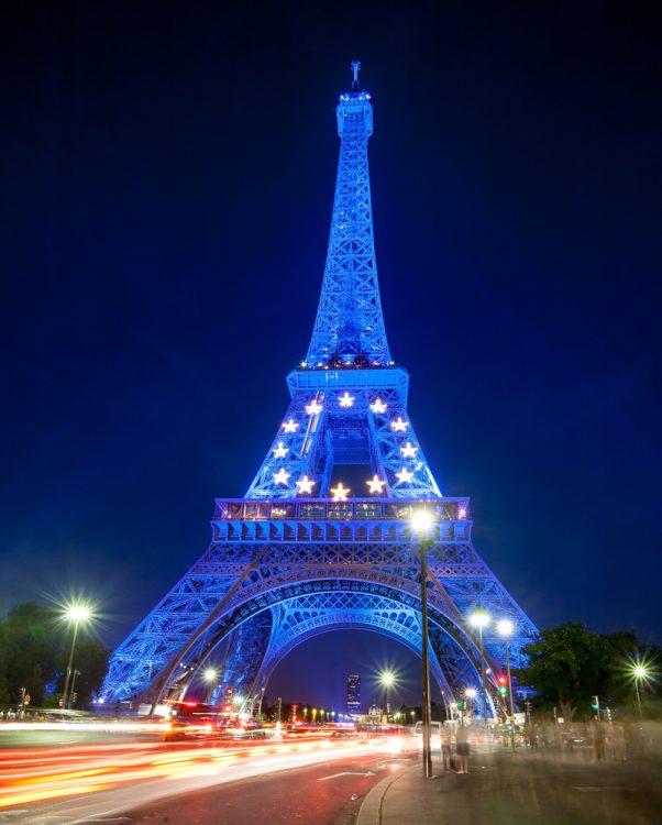 Париж, Эйфелева башня, огни ЕС