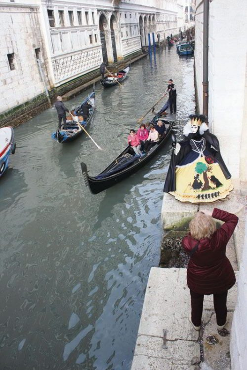 Венецианский карнавал, гондолы