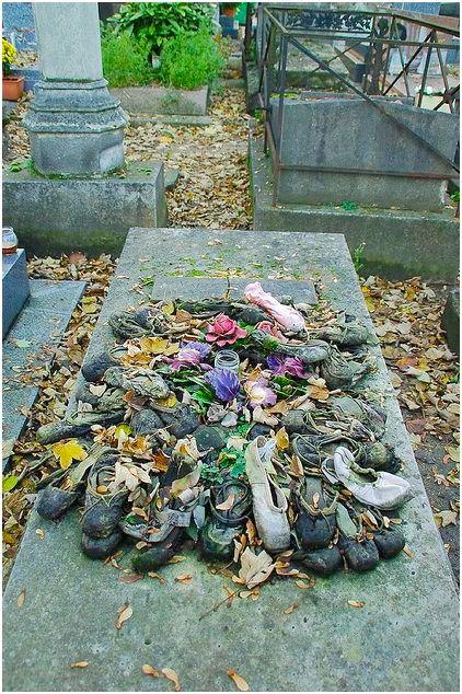 пуанты, могила Тальони, мама балетной пачки