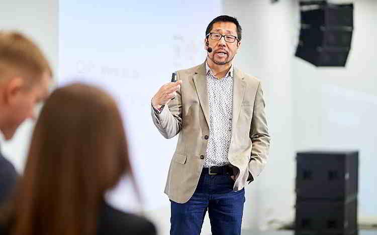 сети 5G, Руководитель исследовательского центра Deloitte Пол Ли