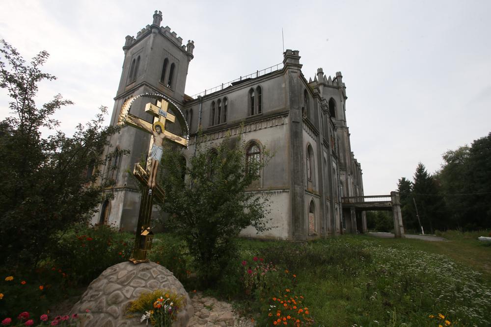 Замок Терещенко и его тайны – самолеты, Шаляпин и три монахини