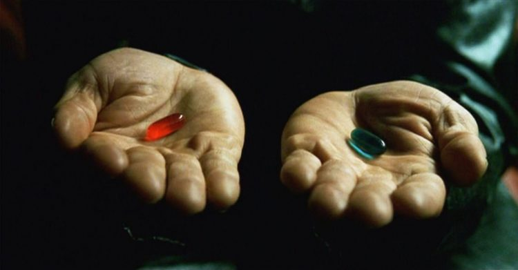 матрица, кадр из фильма, две таблетки