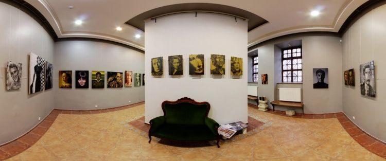 путешествие на диване. «Зеленая софа» во Львове