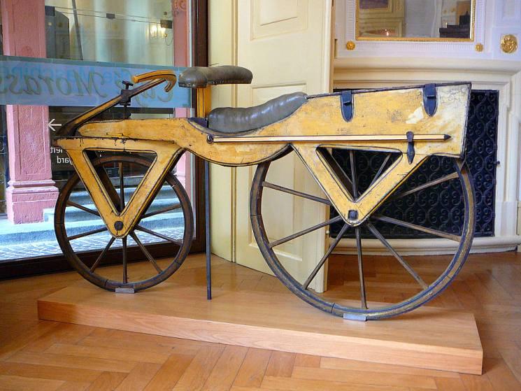 фишки дня - 3 июня, всемирный день велосипеда, велосипед Драйза