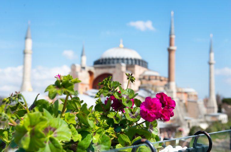 ПМЖ в Турции, мечеть