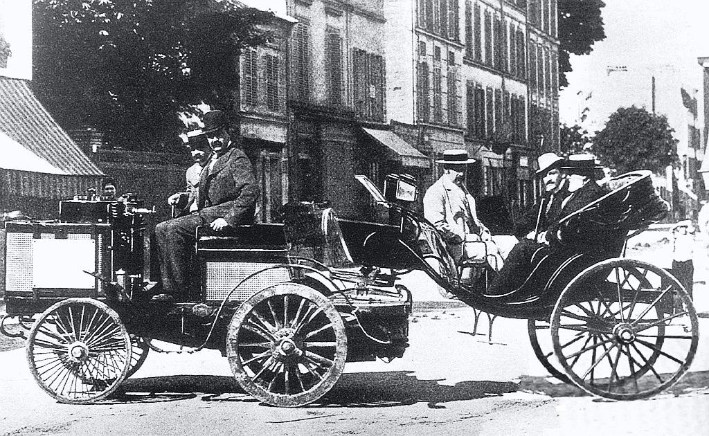 Где прошли первые в мире гонки – история автоспорта