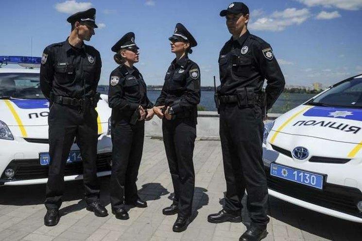 фишки дня - 4 июля, день полиции
