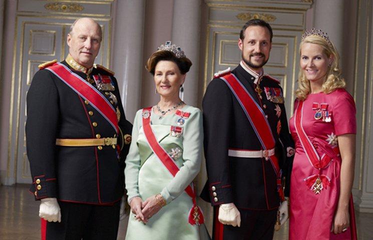 фишки дня - 4 июля, день королевы Сони Норвегия