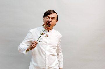 Весна для Гитлера, Ступка
