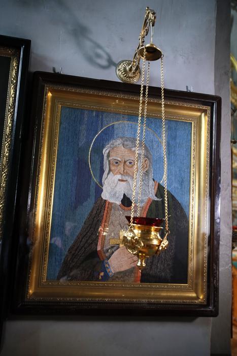 Флоровский монастырь, тайны монастырей, вышитая икона Серафима Саровского
