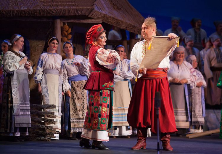 Афиша оперы в сентябре, запорожец за Дунаем