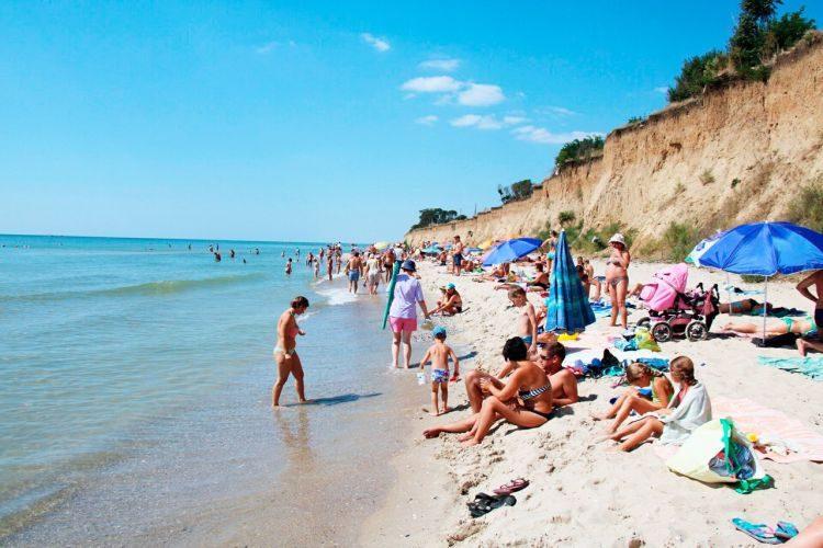 Лебедевка, пляж