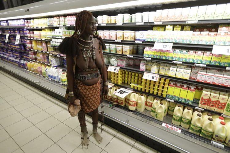 химба в супермаркете