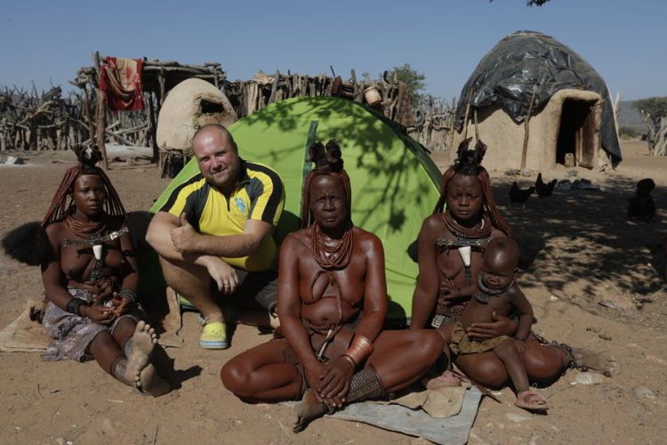 жизнь в Африке, амазонки химба