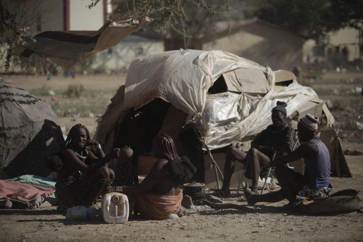 город Опуво, жизнь а Африке, лачуги
