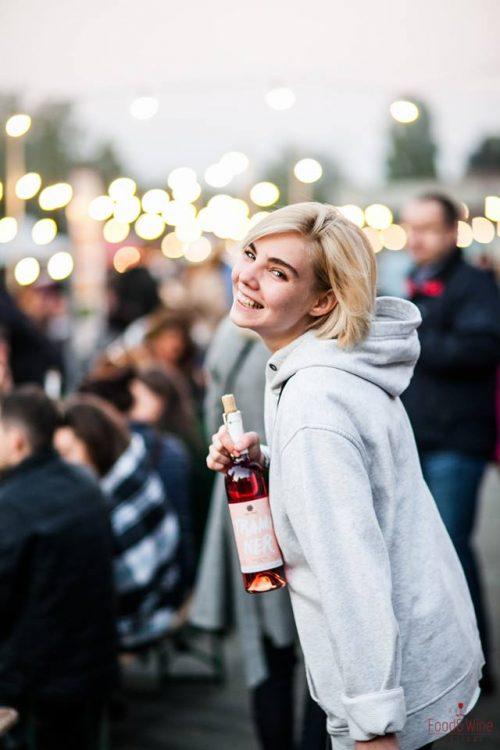 Kyiv Food and Wine Festival, посетитель фестиваля вина, Киев, ВДНГ