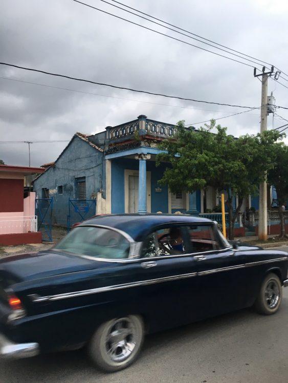 Куба, Долина Виньялес, старые авто