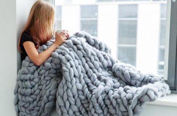 Тренды осени 2019, мода, спрос, серый плед
