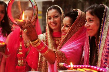 фишки дня - 17 октября, Карва Чаутх Индия