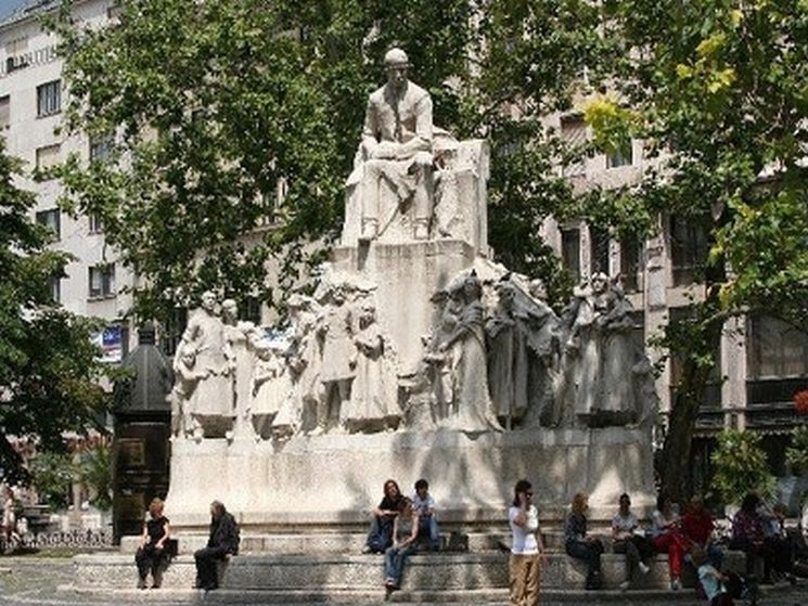фишки дня, памятник Земмельвейсу