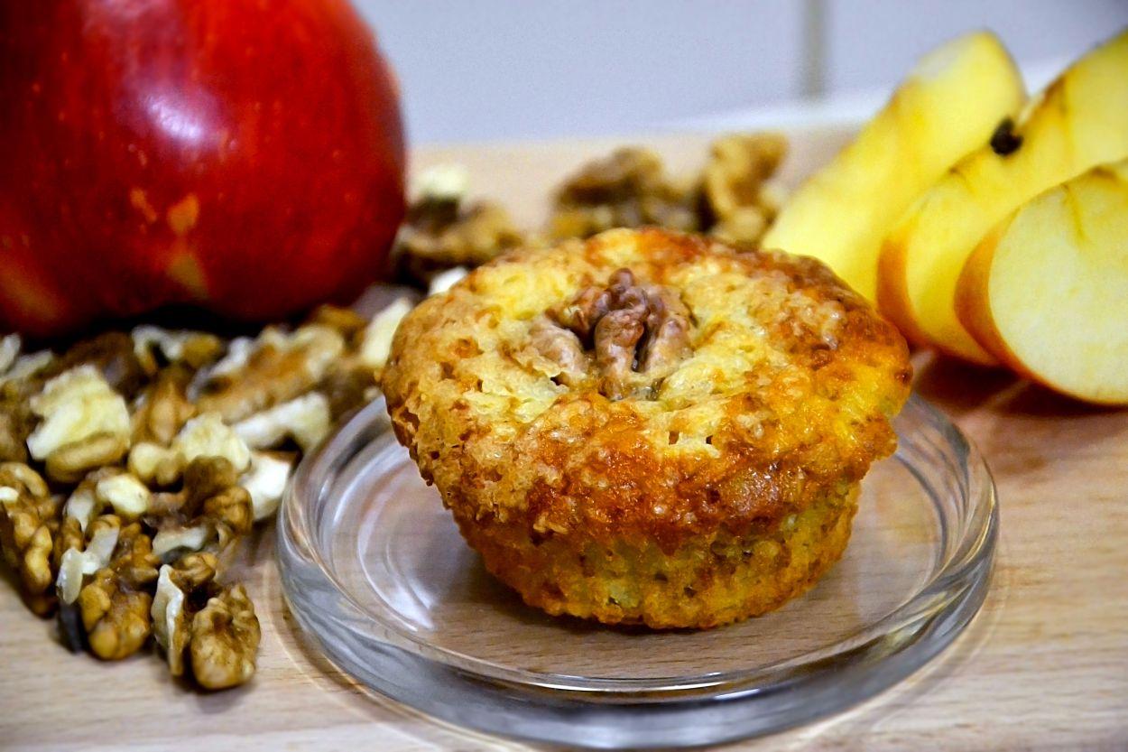"""Рецепт дня — яблочные кексы """"Шарлотка"""""""