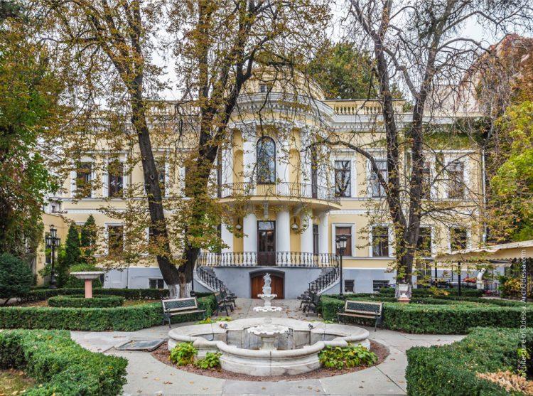 имение семейства Толстых в одессе и первый телефон
