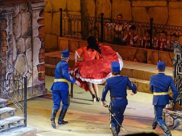Оперная певица, Анжелина Швачка, интервью, лайфгид, lifegid, lifeГид, как стать миллионером, театр, пророчество, Знаменитая оперная дива, Народная артистка Украины, солистка Национальной оперы Украины, Кармен