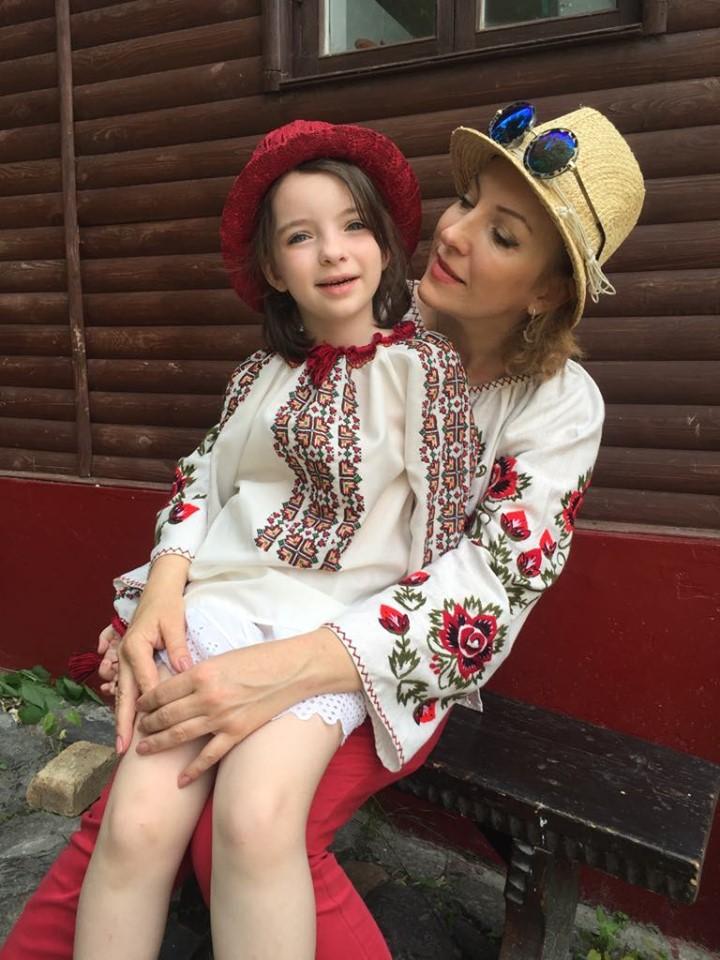 оперная певица Анжелина Швачка с дочкой Аней