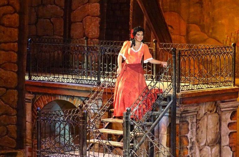 Оперная певица Анжелина Швачка— отом, как стать миллионером, про театр ипророчество