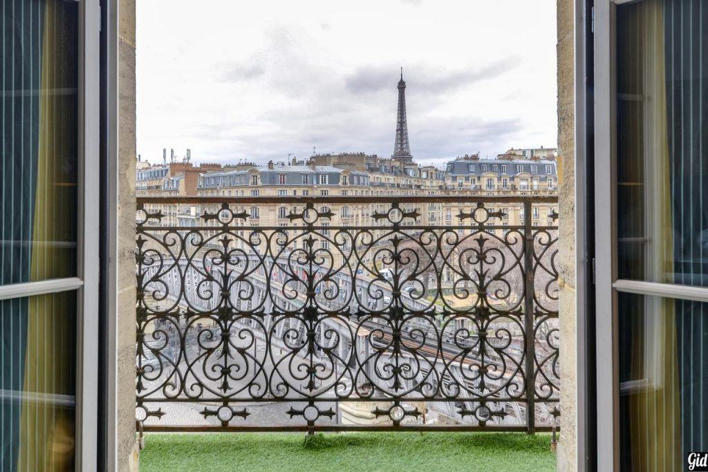 First Hotel Paris, отели Парижа, отели с видом на Эйфелеву башню, Париж, Франция, вид из окна