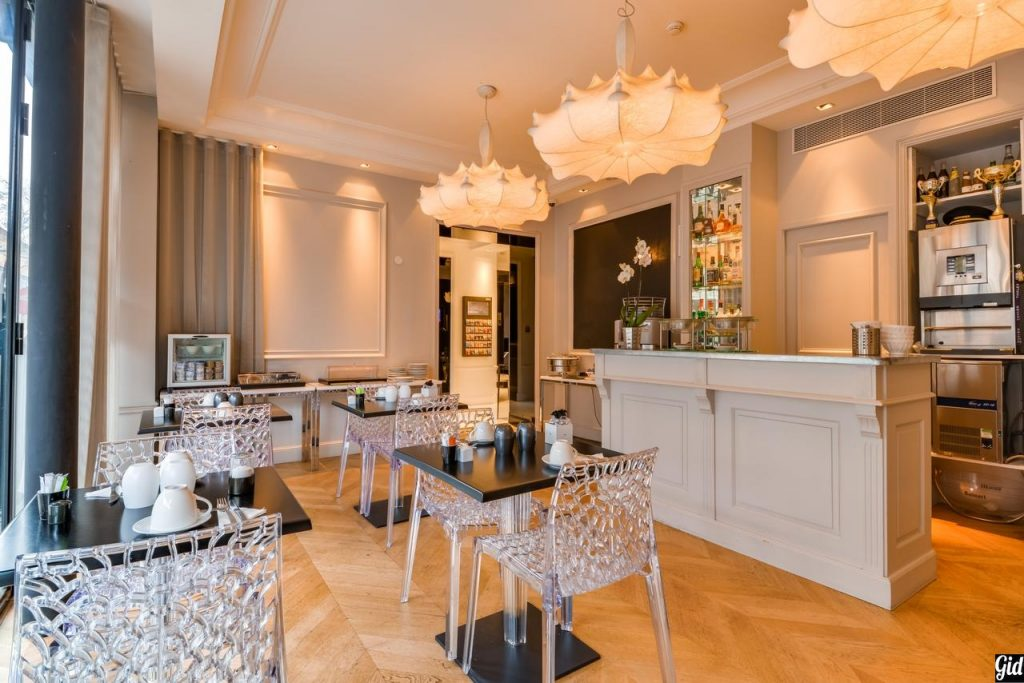 First Hotel Paris, отели Парижа