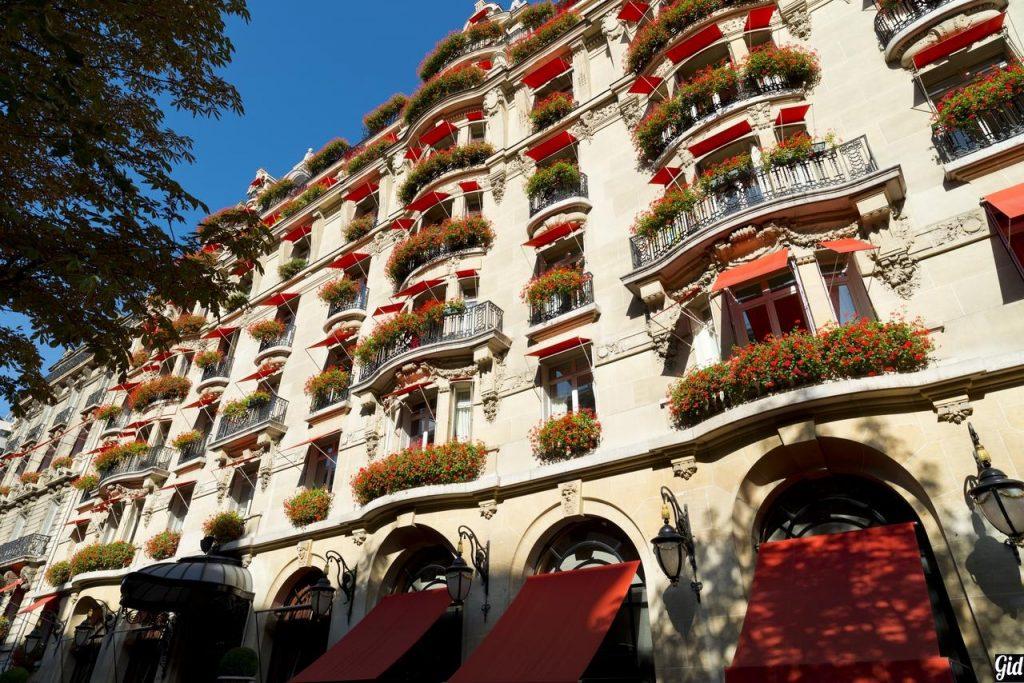 Hôtel Plaza Athénée - Dorchester Collection, отели Парижа