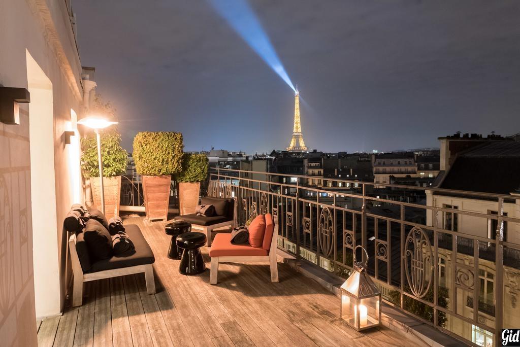 Hotel Marignan Champs-Elysées, отели Парижа, отели с видом на Эйфелеву башню, Париж, Франция